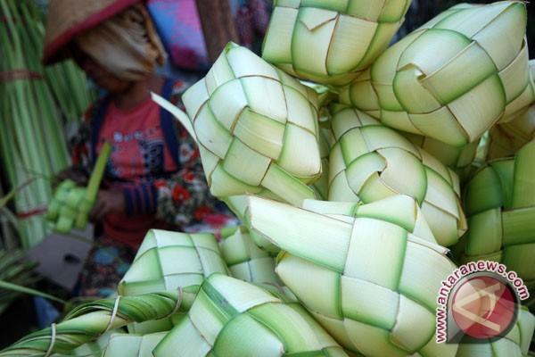 Tradisi Lebaran Ketupat Di Madura Maduraku Com