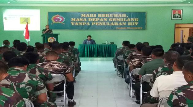 Sosialisasi Bahaya HIV/AIDS di Makodim Pamekasan, Madura, Kamis (1/12/2016)