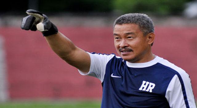 Hermansyah pelatih kiper Madura United FC untuk kompetisi ISL 2017.