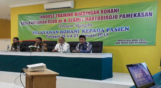 RSUD Martodiwirjo Pamekasan bekerjasama dengan Dewan Dakwah Indonesia (DDI) Pamekasan menyelenggarakan inhouse training kerohanian di RSUD Pamekasan