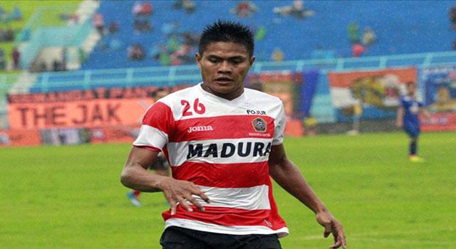 Fahrudin, mantan pemain Persepam yang bergabung dengan Sriwijaya FC dan kini kembali ke klub bola Madura, yakni Madura United FC.